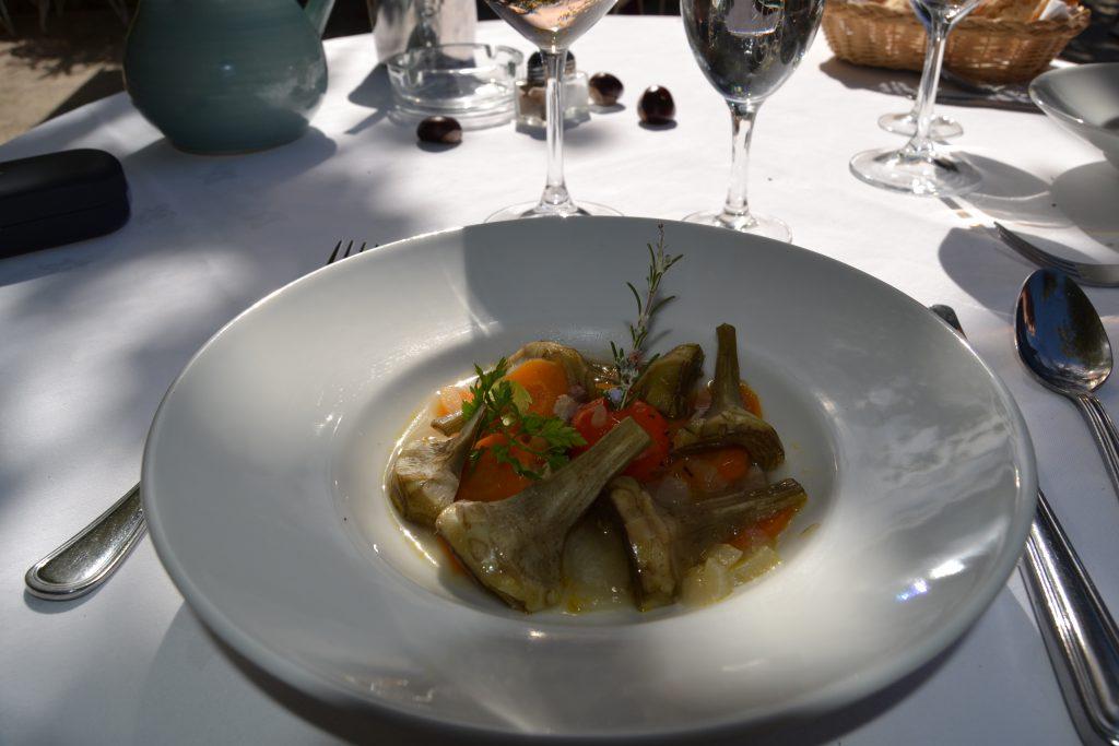 """Her er en af retterne fra vores frokost på """"Auberge la Ferme"""" som ligger lidt udenfor La Treille.  Det var et af de rigtig gode steder"""