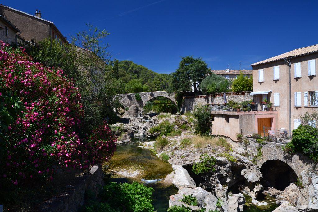Og her den meget specielle tur langs floden i det lidt oversete Trans-en-Provence - en forstad til Draguignan